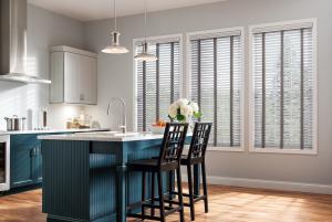 Der richtige Sonnenschutz für die Wohnung (Bild: A&A Sonnenschutz Fachhandel GmbH)