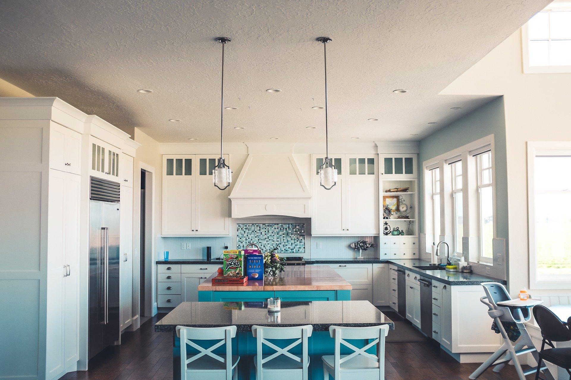 Beim Neubau eines Hauses sollten Bauherren sorgfältig die Küche planen.