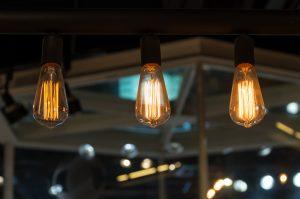 Die passende Beleuchtung in den eigenen vier Wänden hat viel Einfluß auf unser Wohlbefinden.