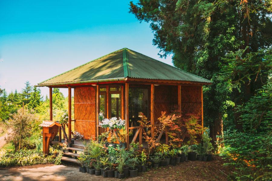 Ein Gartenhaus ist schick und praktisch zugleich.