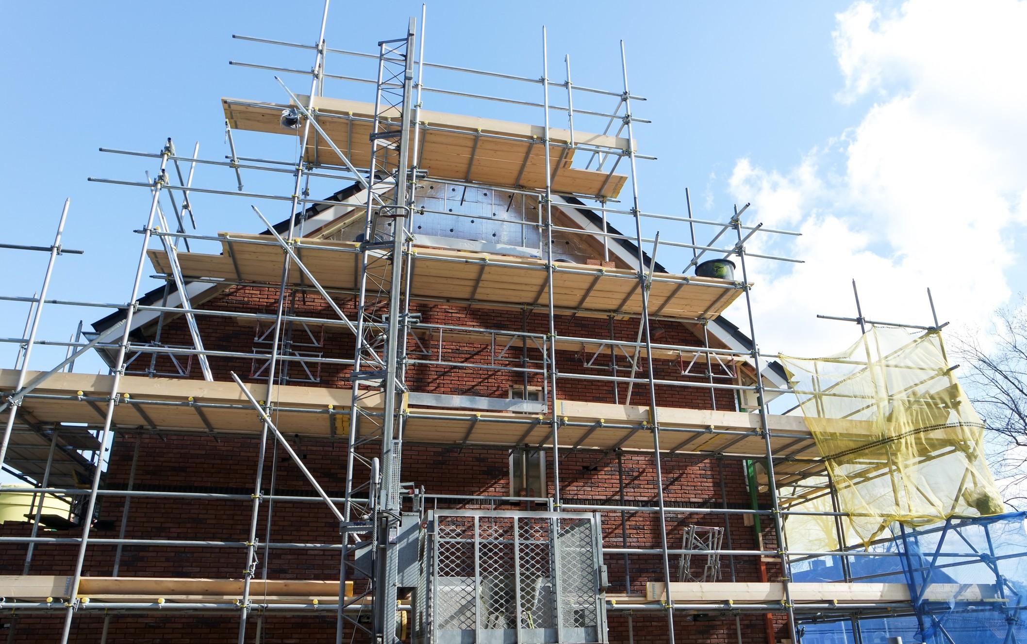 Eine Bauleistungsversicherung ist beim Neubau praktisch immer sinnvoll. Foto SmitBruins via Twenty20
