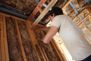 Energieeffizient bauen oder sanieren spart Heizkosten und schont die Umwelt.