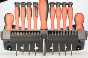 Jeder Heimwerker braucht einen gut bestückten Werkzeugkoffer.