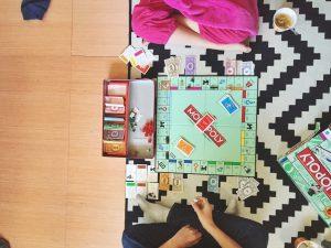 Monopoly, das Kultspiel für einen gemütlichen Spieleabend. Foto: slomygosh via Twenty20