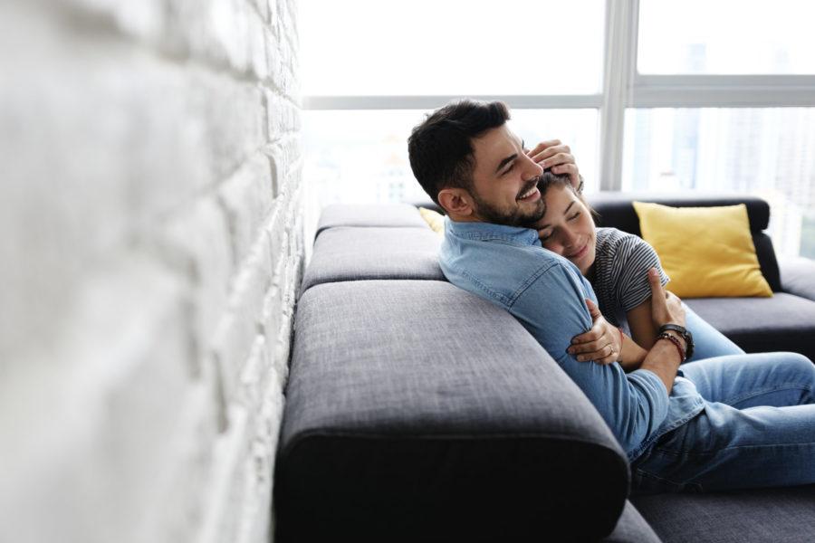 Unverheiratete Paare sollten den Hauskauf besonders sorgfältig planen.