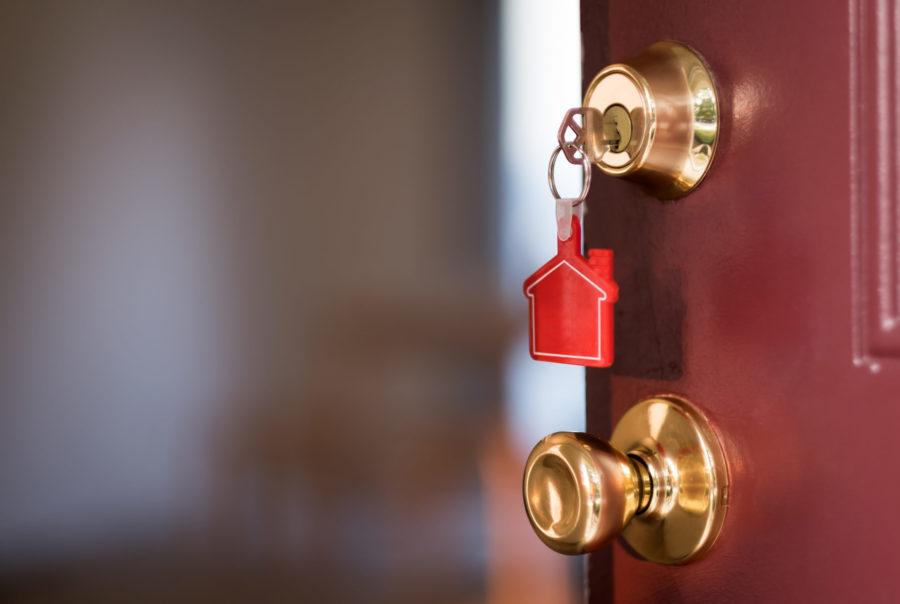 Wie läßt sich eine Tür ohne Schlüssel öffnen?